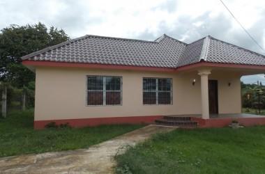 Santa Elena Belize - 3 Bed, 2 Bath House in Santa Elena, Cayo District