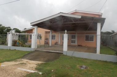 Belmopan Belize - Spacious 5 Bedroom Home in Cayo, Belize
