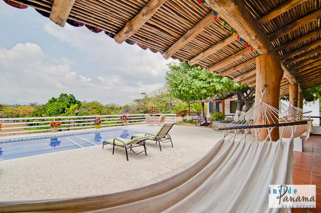 Las Lagartijas Panama Real Estate REDUCED!! Spacious, Ranch Home for Sale in Las Lagartijas, Panama (Pacific Beaches)