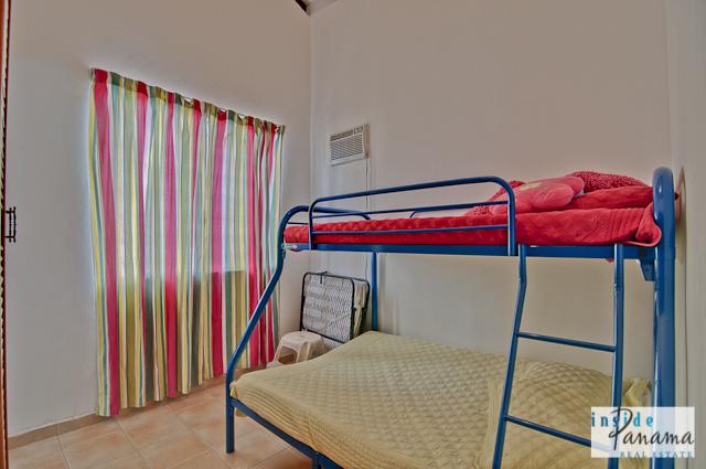 Las Lagartijas Panama Real Estate REDUCED!! Spacious, Ranch Home for Sale in Las Lagartijas, Panama (Pacific Beaches) 6