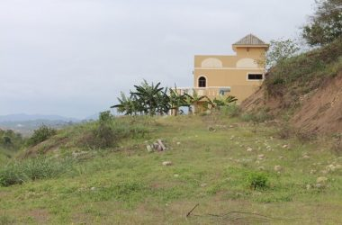 Olon Ecuador - Ocean View Investment Lots Just Released-6 Lots in Lomos de Olon. This Small Subdivision With Huge 2000m2 + Was Sold Out Some Time Ago and one of the Buyers Must Let His Lots Go at Almost Cost