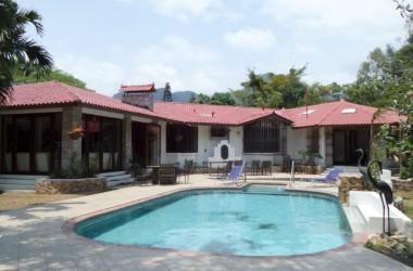 Anton Valley Panama - Upgraded Mountain Estate: Thousands Below Market Price!