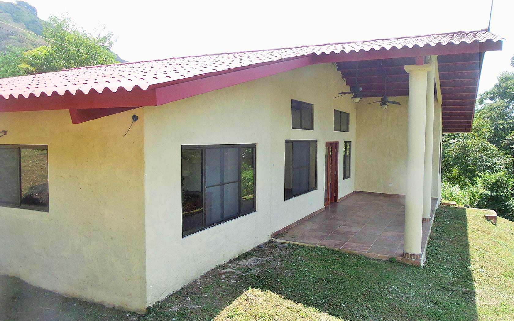 Panama-property-panamaequitymountain-home-near-river-altos-del-maria-9.jpg