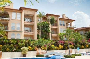 Herradura Costa Rica - Spacious Bella Vista Condo with Large Private Garden