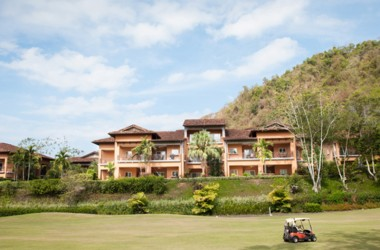 Herradura Costa Rica - Garden Level Condo with Direct Pool Access and Fairway Views