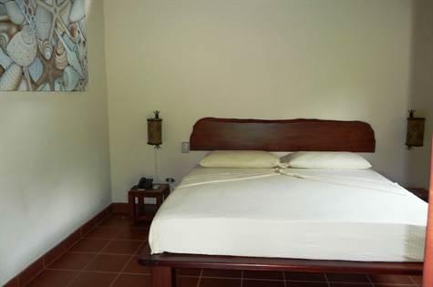 Ojochal-Costa-Rica-property-costaricarealestateOJO091-11.jpg