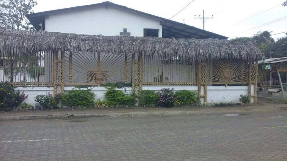 Olon-Ecuador-property-493415-1.jpg