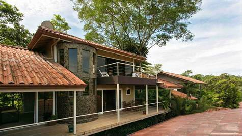 Manuel-Antonio-Costa-Rica-property-costaricarealestateMA072-1.jpg