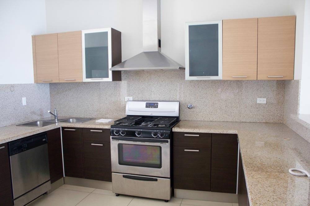 Punta-Pacifica-Panama-property-panamaequityprice-reduction-in-dupont-1.jpg