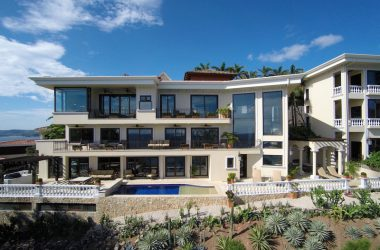 Playa Flamingo Costa Rica - Modern, Private, Luxurious 5 Bedroom Estate in Flamingo Beach