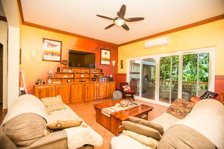 Roatan-Honduras-property-roatanlife1010-2.jpg