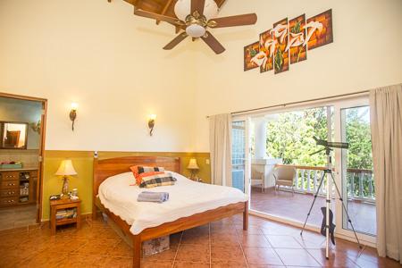 Roatan-Honduras-property-roatanlife1010-6.jpg