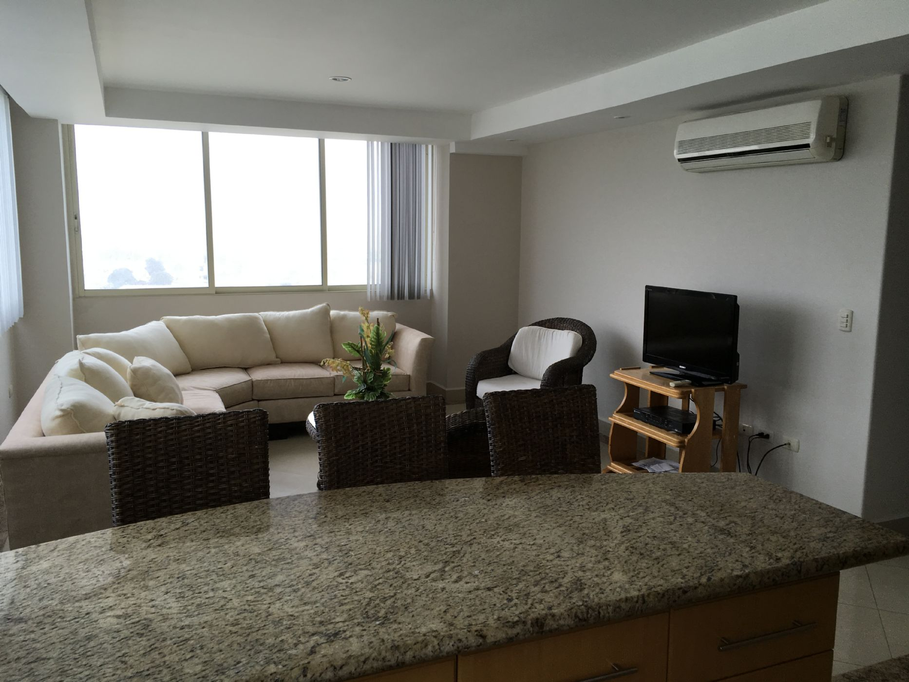 Salinas-Ecuador-property-511868-3.JPG