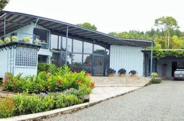 Anton Valley Panama - Modern and Durable in El Valle de Anton