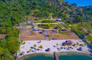 Coxen Hole Honduras - Steps away from the Beach Guaiabara Beach Lot B7