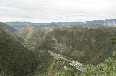 Apuela Ecuador - Countryside, Mountain and Riverfront Agricultural Land/Farm For Sale in Apuela