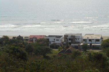 Ecuador - Beautiful ocean view lot in San Jose: Perfect lot for your Ecuadorian dream home.  Perfect ocean view!