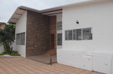 Ecuador - Beautiful Punta Blanca Home: Rare Find-Total Remodel from Top to Bottom
