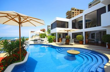 Salinas Ecuador - Toes In Sand…Luxury Included
