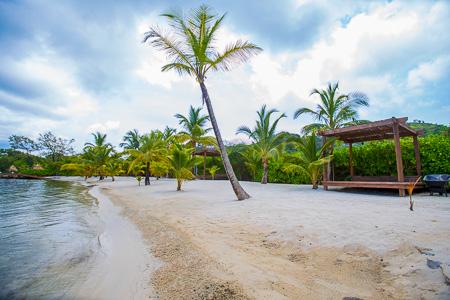 Roatan-Honduras-property-roatanlife1165-9.jpg
