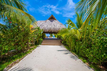 Roatan-Honduras-property-roatanlife1163-5.jpg