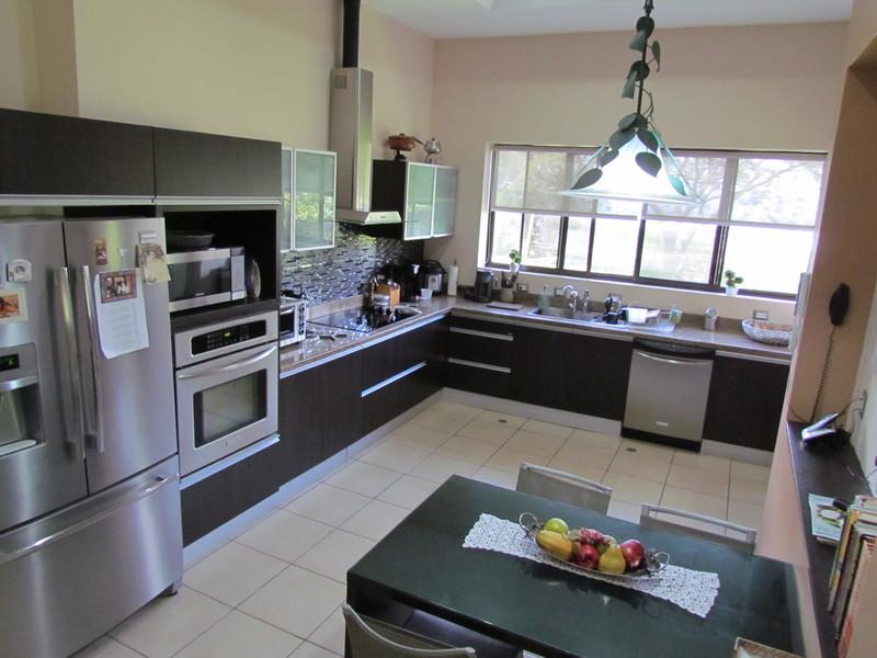 Escazu-Costa-Rica-property-dominicalrealty9680-5.JPG