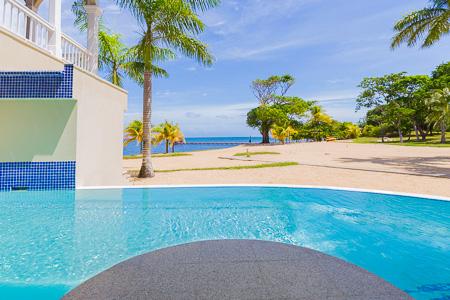 Roatan-Honduras-property-roatanlife1172-9.jpg