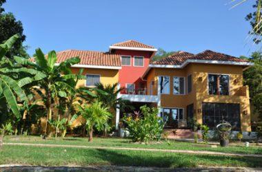 Honduras - Dos Pelicanos Lawson Rock, Roatan