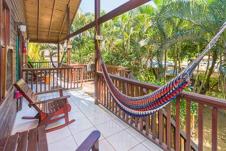 Roatan-Honduras-property-roatanlife1186-6.jpg
