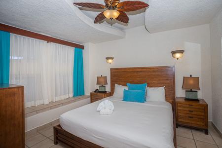 Roatan-Honduras-property-roatanlife1190-5.jpg
