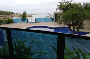 Ecuador - Oceanfront Apartment For Sale in Punta Blanca