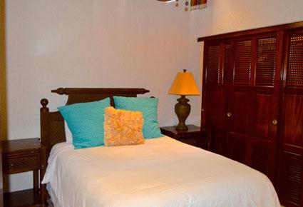 Roatan-Honduras-property-roatanlife1206-8.jpg