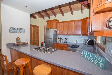 Roatan-Honduras-property-roatanlife1202-2.jpg