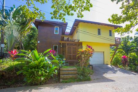 Roatan-Honduras-property-roatanlife1202.jpg