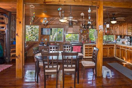 Roatan-Honduras-property-roatanlife1207-2.jpg