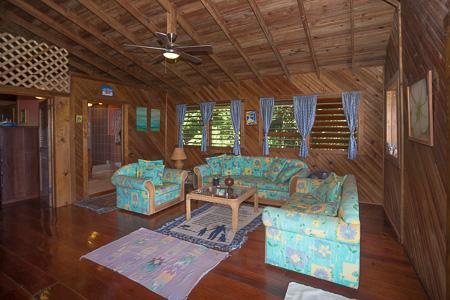 Roatan-Honduras-property-roatanlife1207-3.jpg
