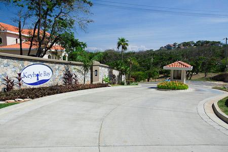 Roatan-Honduras-property-roatanlife1211-5.jpg