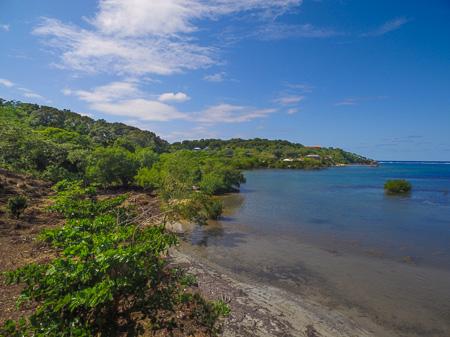 Roatan-Honduras-property-roatanlife1212.jpg