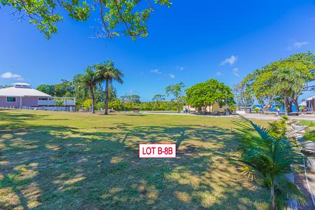 Roatan-Honduras-property-roatanlife1214.jpg