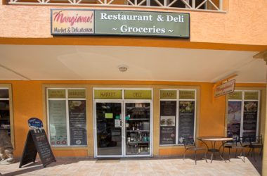 Honduras - Mangiamo Restaurant and Deli West Bay Mall 2 and 3 Roatan