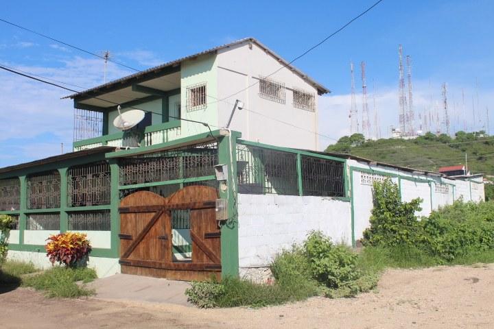 Ballenita-Ecuador-property-RS1900074.jpg