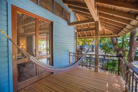 Roatan-Honduras-property-roatanlife1223-7.jpg