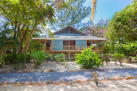 Roatan-Honduras-property-roatanlife1223.jpg