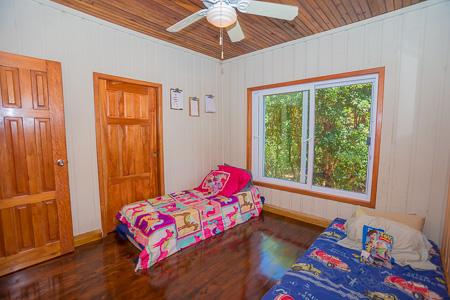 Roatan-Honduras-property-roatanlife1225-1.jpg