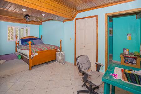 Roatan-Honduras-property-roatanlife1225-6.jpg