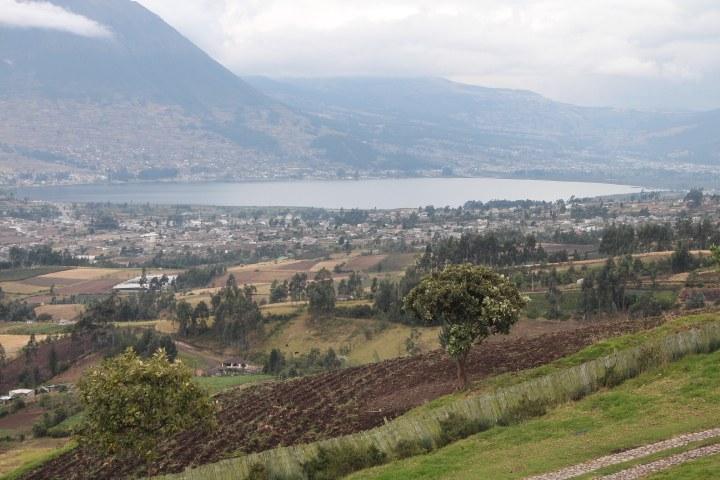 Otavalo-Ecuador-property-RS1900128-1.jpg