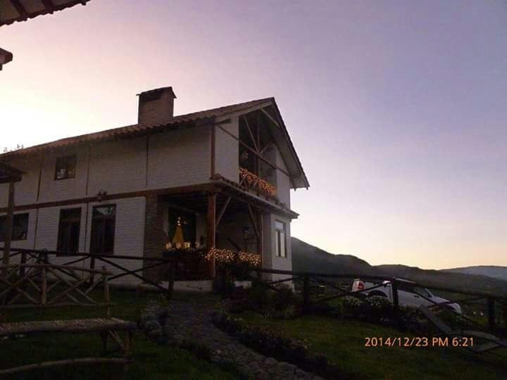Mojanda-Ecuador-property-RS1900130-2.jpg