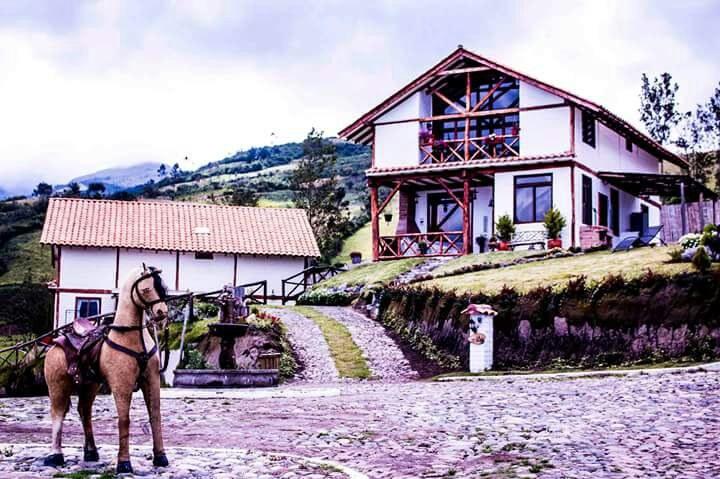 Mojanda-Ecuador-property-RS1900130-4.jpg