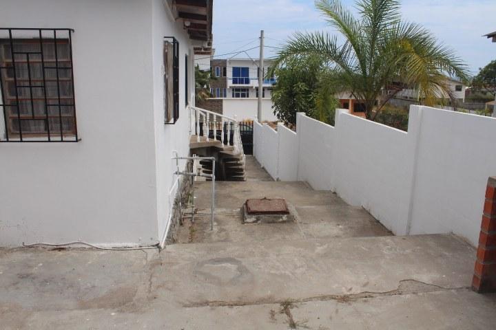 Ballenita-Ecuador-property-RS1900145-11.jpg