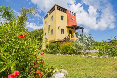 Roatan-Honduras-property-roatanlife1236-11.jpg